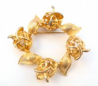 Vintage ' Golden Tulip '  Garland Brooch By Sarah Coventry.